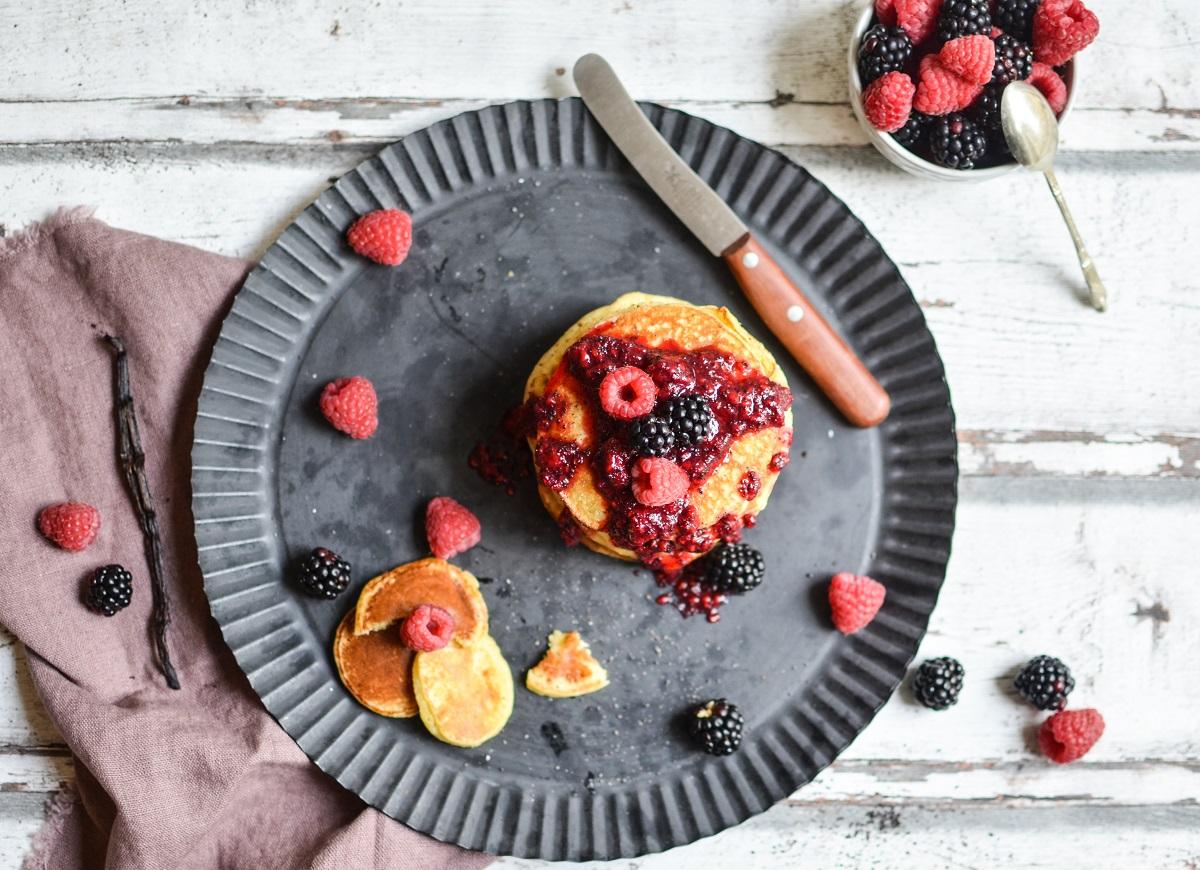 Och... Einer geht noch. Pancakes mit Himbeer-Mohn-Sößchen
